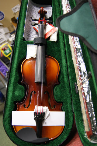 Antoni ACV34 debut 1/8 size violin in - sold as an outfit with case bow & rosin
