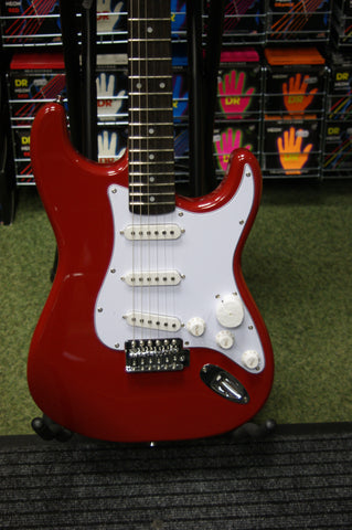 Cruiser stratocaster style electric guitar
