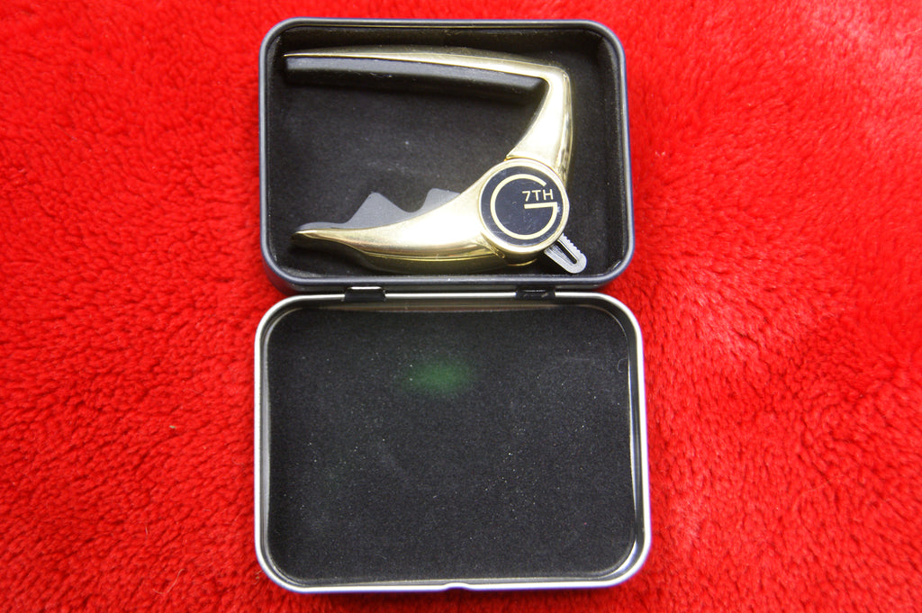 G7th performance 1 capo - Ltd edition gold with G7th capo tin