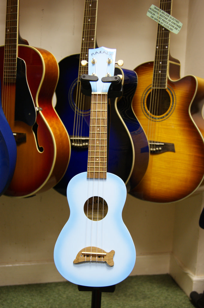 Makala soprano ukulele in light blueburst finish and dolphin bridge