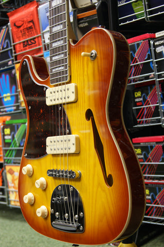 Revelation RFT Deluxe in Honeyburst left handed model
