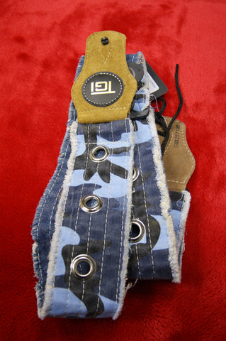 Guitar strap distressed look by TGI in blue