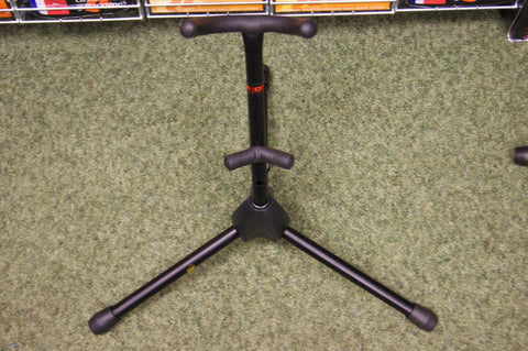 Saxophone stand for alto sax by Dixon