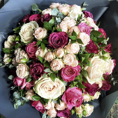 1.10 Pink Mixed Rose Bouquet
