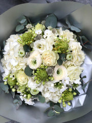 1.04 Spring White and Green Bouquet