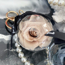 Load image into Gallery viewer, Pearls and Preserved Rose Key Chain