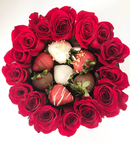 Roses and Berries Ring Box Red