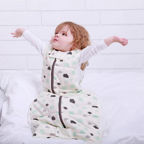 ergoPouch - 3.5 tog Baby Sleeping Bag Winter Clouds
