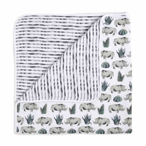 Aden and Anais  White Label Dream Blanket Serengeti
