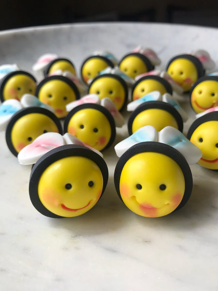15 Painted Edible Bumble Bee Birthday /Baby shower / Christening Cake Cupcake toppers