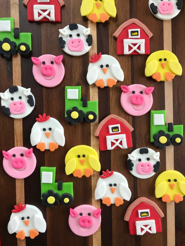 Edible fondant Barnyard / Farm animals themed cupcake toppers -Set of 12