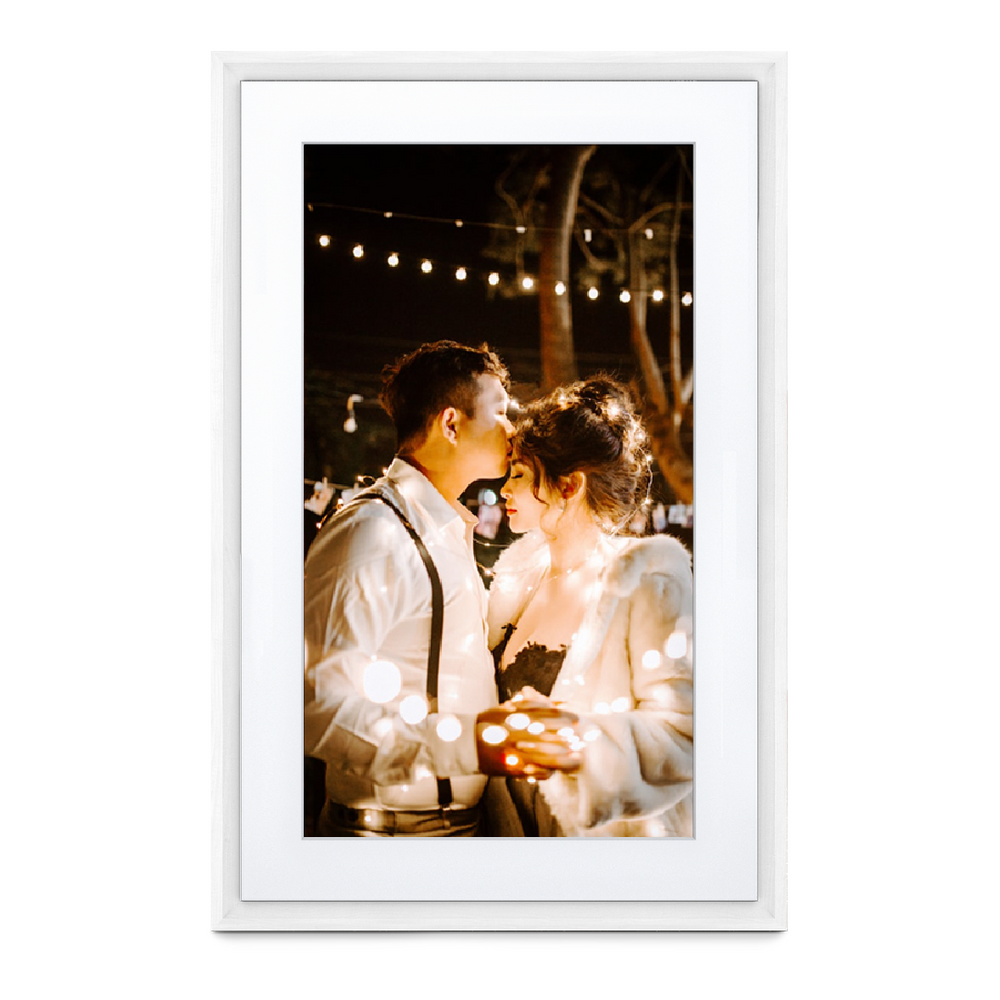 "Meural Canvas II (27"" White Frame)"