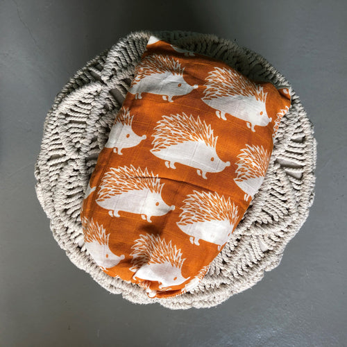 Blanket/Swaddle Hedgehog (60,000LBP)