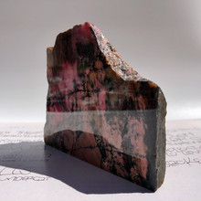 Load image into Gallery viewer, Rhodonite