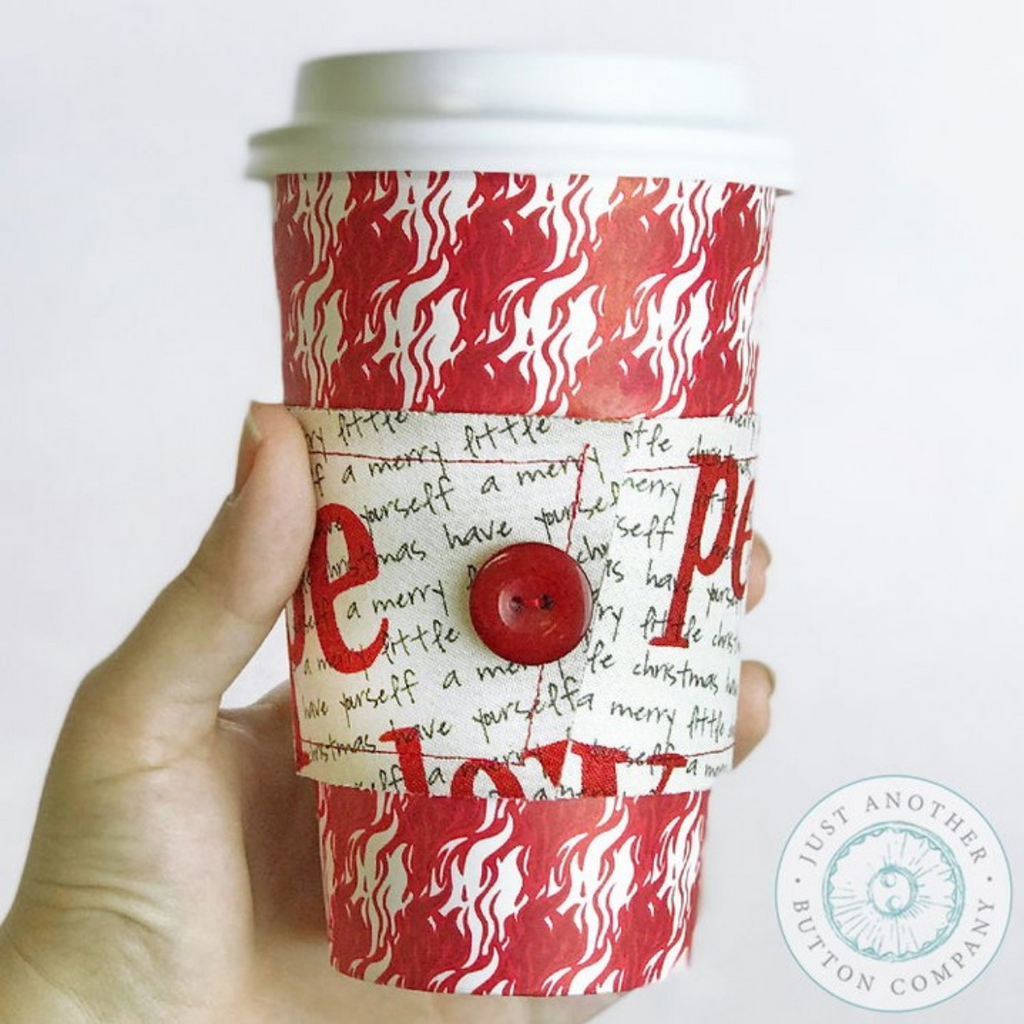 Button Lover's Club: Words with Buttons Warm Cup Cozy