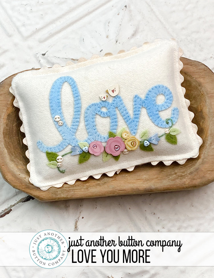 Free Pattern: Love You More - Appliqué Mini Pillow