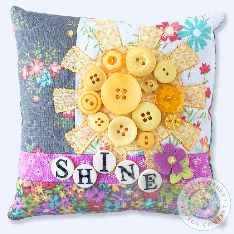 Shine Button Appliqué Pillow Pattern PDF