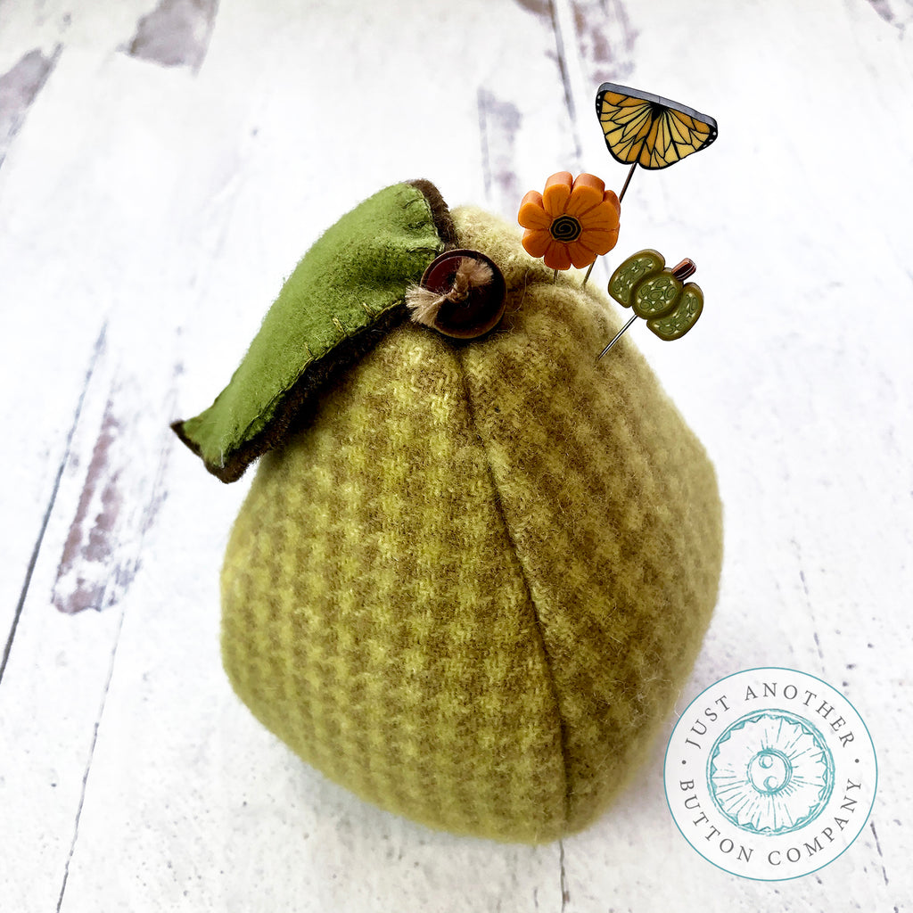A Perfect Pear Pincushion PDF