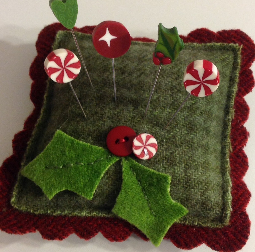 Holly Berry Slider Kit (includes free pattern)