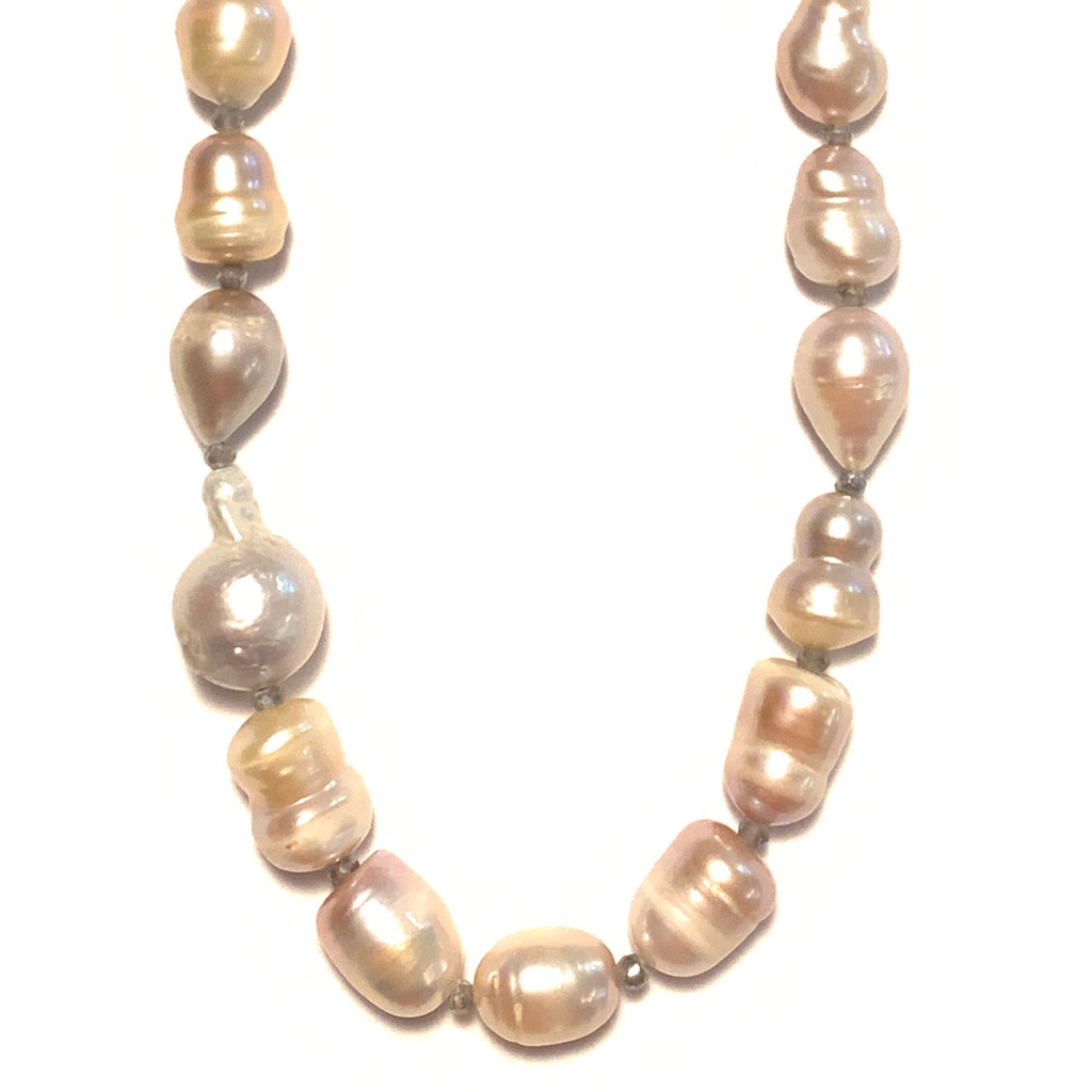 Peach Freshwater Pearl Necklace With Labradorite