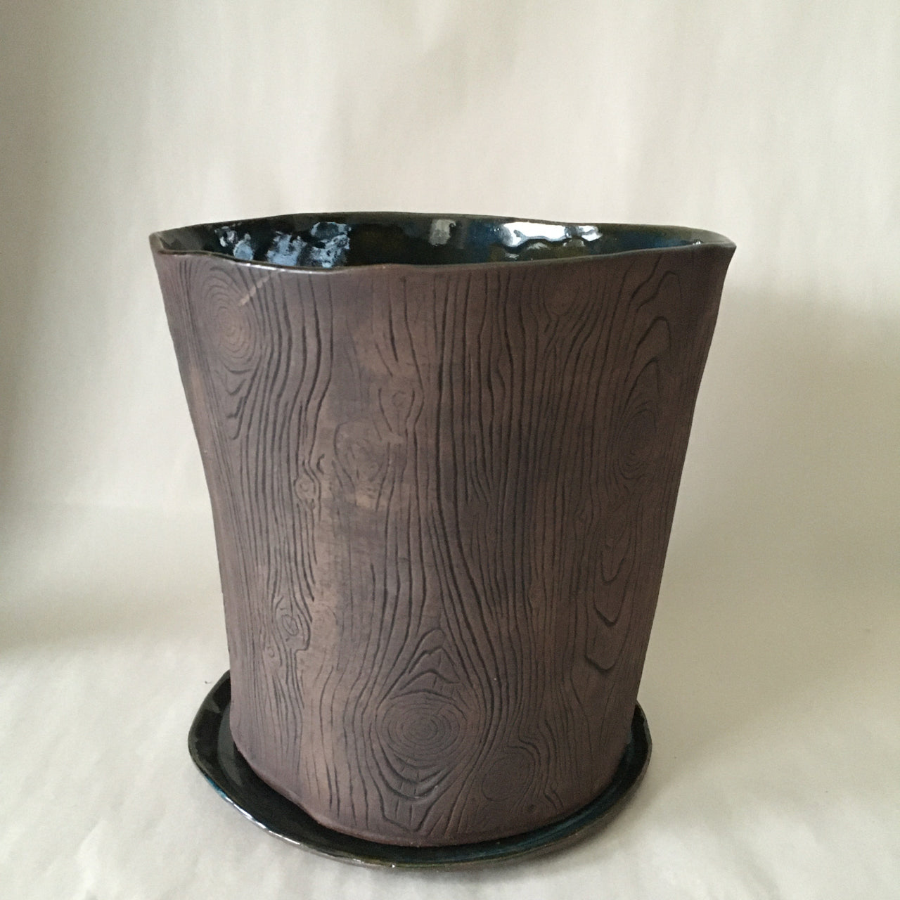 "8.5"" Planter with Tray"