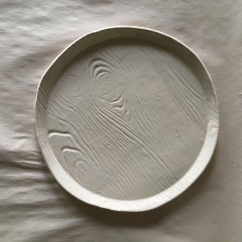 "7.5"" White Faux Bois Rustic Pressed Plate"