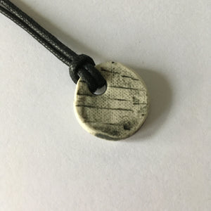 Small Round Circle Pendant Necklace