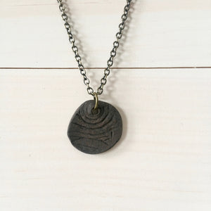 Faux Bois Round Pendant Necklace