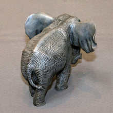 "Load image into Gallery viewer, Bronze ELEPHANT ""Bull Elephant"" Figurine Statue Sculpture Tremendous Detail Art - sculptin.com"