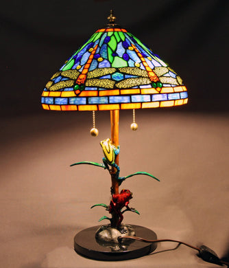 Home Decor - CLASSIC Frog Lamp Figurine Sculpture Amphibian