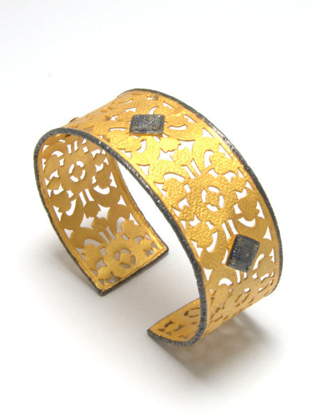 CASABLANCA mixed metal filigree diamond cuff