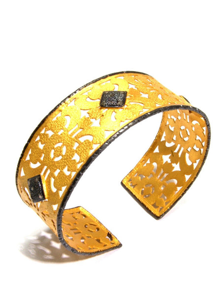 luxurious gold vermeil CASABLANCA cuff bracelet with diamonds