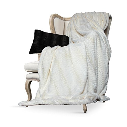 Luxurious Over-Sized Faux Fur Bed Throw Blanket Cream - EK CHIC HOME