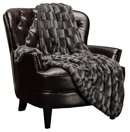 Fur Elegant Rectangular Embossed Throw Blanket (50