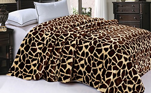 Soft and Thick Faux Fur Sherpa Backing Bed Blanket, Brown Giraffe, 84