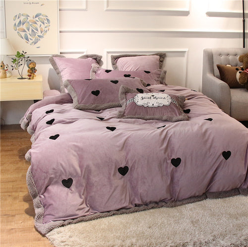 Luxury Velvet Flannel Sweet Heart Bedding Set - EK CHIC HOME
