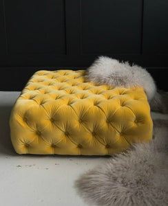 European Extravagant Velvet Entrance Ottoman - EK CHIC HOME