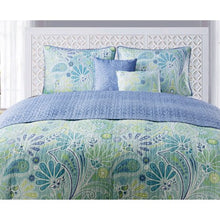 Load image into Gallery viewer, Harmony 5-Piece Reversible Paisley Bedding Quilt Set - EK CHIC HOME