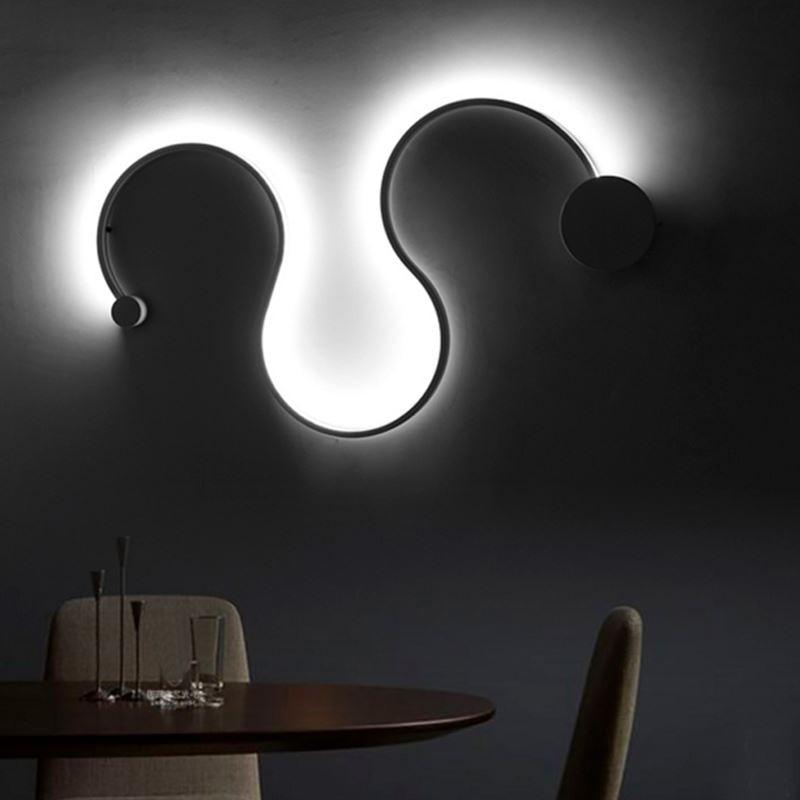 Curlicue Light
