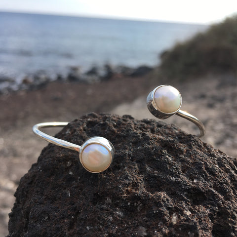 Wrap Bangle White Pearl