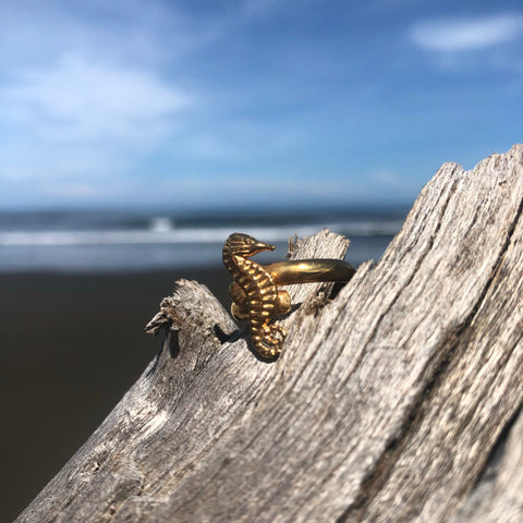 Ring Bronze Sea Horse