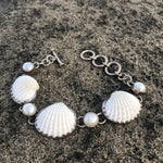 Load image into Gallery viewer, Pearl and Scallop Shell Silver Link Bracelet-Jenstones Jewelry