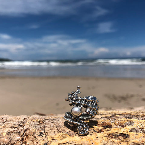 Seahorse Ring w/ Pearl