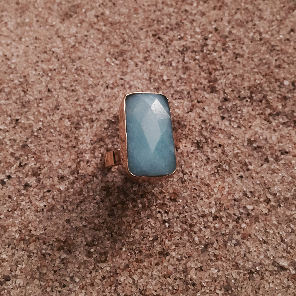 Ring Bronze with Faceted Blue Agate