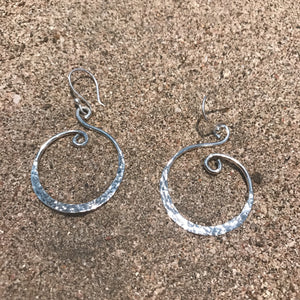 Hammered Waves Silver-Jenstones Jewelry