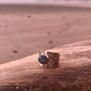 Labradorite Oval Hammered Ring-Jenstones Jewelry