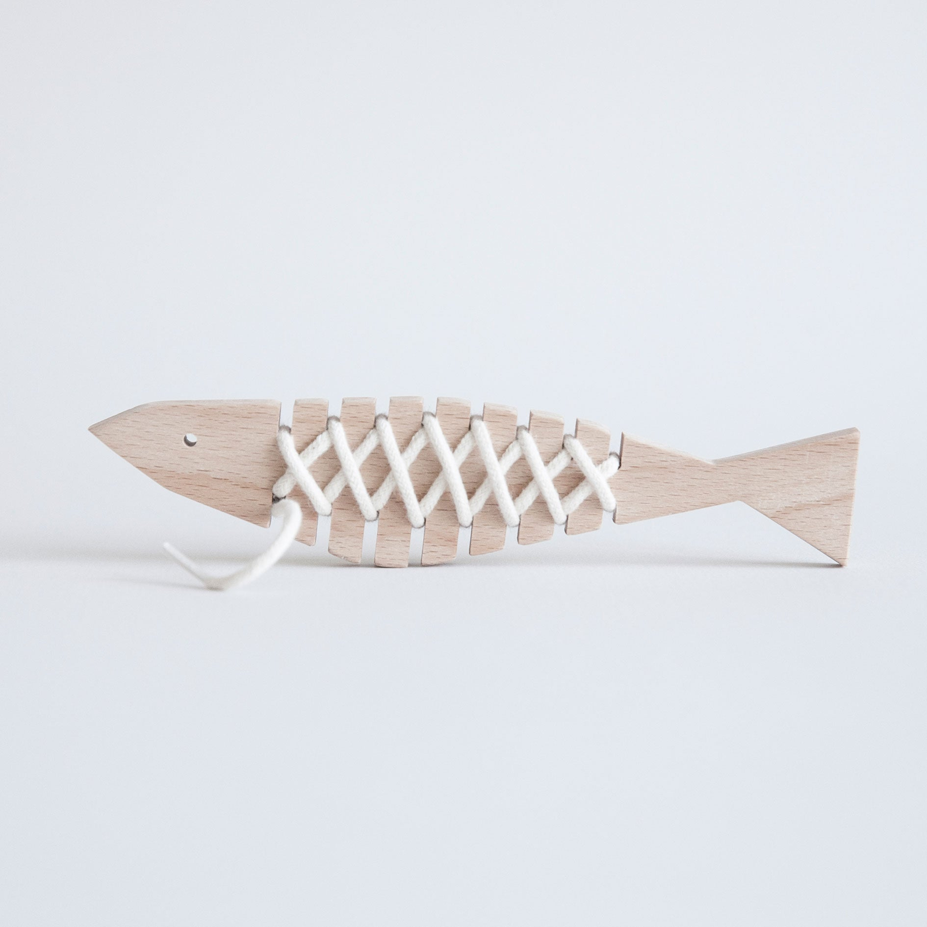 Wooden Lacing Anchovy