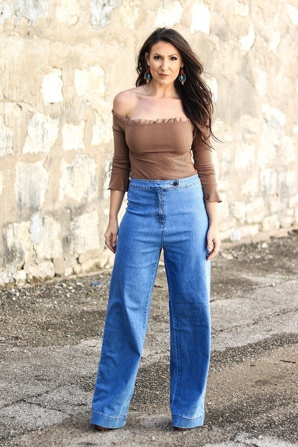 HIGH WAIST CULOTTE JEANS WITH BUTTON FLAP
