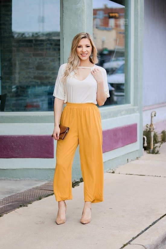 SOLID RELAXED FIT PLEATED HIGH WAIST PANTS