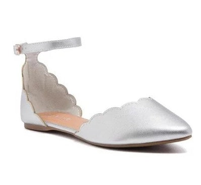 SHILLA SCALLOPED FLAT WITH BUCKLE